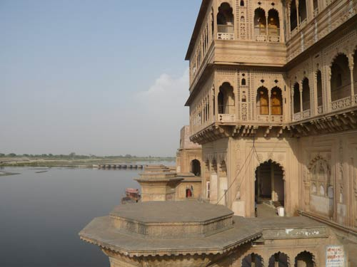 Experiences of a Tourist in Vrindavan - 11 Apr 12