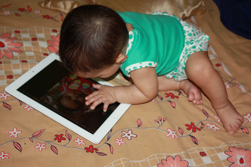 The right Attitude towards modern Gadgets – 22 Aug 12