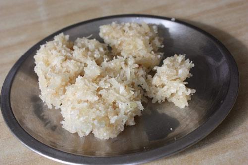 Nariyal ki Barfi - Rezept für leckeren Kokosnuss-Nachtisch - 22 Sep 12