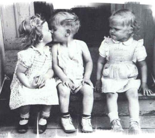 Still jealous when your Ex kisses someone else? - 24 Sep 12
