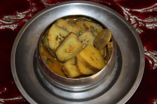 Kachhe Kele ki Sabzi - Recipe for Raw Bananas - 6 Oct 12