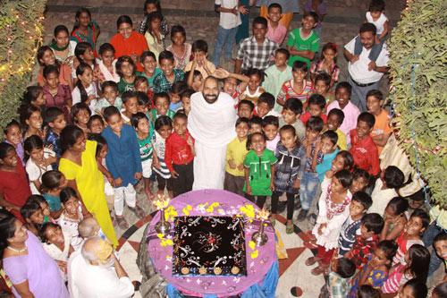 Celebrating my 41st Birthday with a big Party at the Ashram – 15 Oct 12