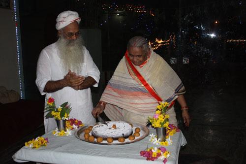 Wenn 50 Jahre Freundschaft weniger wert sind als religiöse Bräuche - 27 Dez 12
