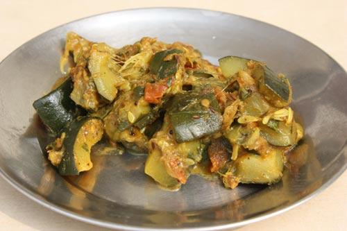 Recipe for Zucchini with Tomato - 2 Feb 12
