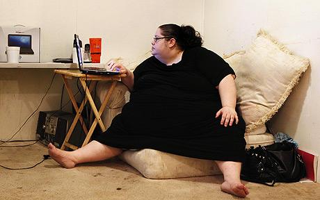 An unhealthy Lifestyle in Front of the Computer - 29 Sep 13
