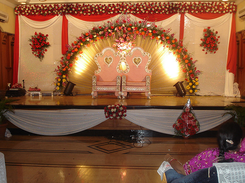 Indian Fairytale Weddings - not so much Fun for Bride and Groom - 27 Nov 13