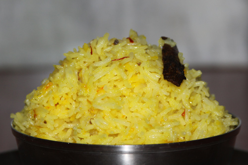 Mithe Chawal - Sweet Rice with Cardamom and Saffron - 21 Dec 13