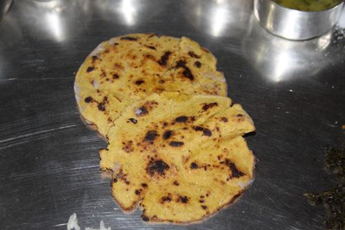 Makki di Roti – Rezept für leckeres, indisches Maisbrot - 28 Dec 13
