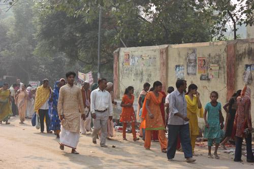 Indische Männer: Was ihr ändern müsst, wenn ihr nicht für Vergewaltiger gehalten werden wollt! - 28 Jan 14