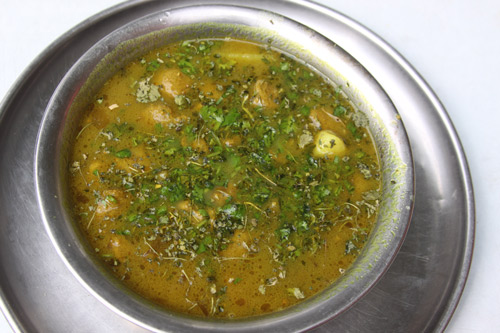 Aloo Soya ki Badi - Recipe for Potatoes with Soya Bean Chunks - 15 Feb 14