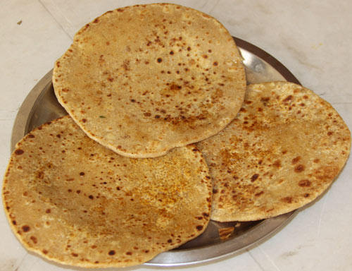 Meetha Parantha - Recipe for Sweet Indian Bread - 15 Mar 14