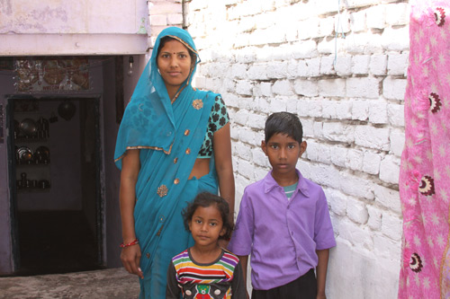 A young Mother, separated from her joint Family - Our School Children - 21 Mar 14