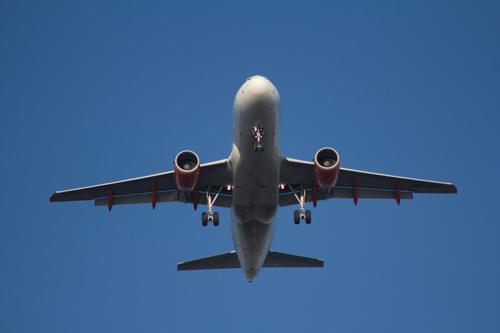 Als ich im Flugzeug einen Blowjob beobachten durfte - 6 Apr 14