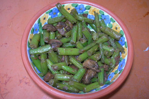 Recipe for Beans with Mushrooms - 9 Aug 14
