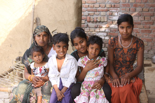 Als Schokolade diesen Jungen davon überzeugte, zur Schule zu gehen - Unsere Schulkinder - 15 Aug 14
