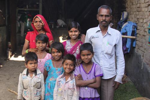 Noch eine Familie mit sechs Töchtern und einem Sohn - Unsere Schulkinder - 19 Sep 14