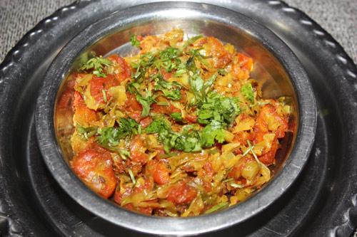 Gajar Patta Gobhi - Recipe for Cabbage with Carrots - 22 Nov 14