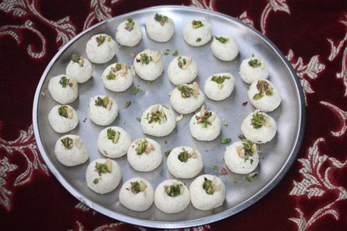 Sandesh Rezept - Süßes Käse-Konfekt - 29 Nov 14