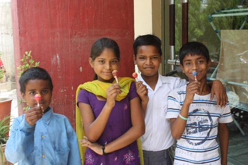 Indien – wo Bildung zum Opfer der Korruption und Großindustrieller geworden ist – 19 Mai 15