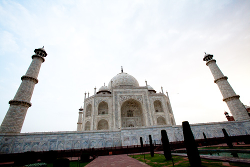 Hiring a Tour Guide in India who doesn't expect Tips – Mission Impossible? – 20 Jul 15