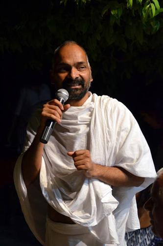 Einfluss von Religion und Gott auf das Leben der Menschen – Indien und westliche Länder im Vergleich – 3 Aug 15