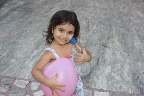 Wie ständige Anleitung die Entwicklung deines Kindes einschränken kann – 11 Aug 15