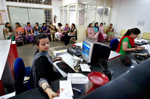 Das Leben der Frau in Indien ändert sich – doch nicht da, wo es am nötigsten wäre! – 14 Jan 16