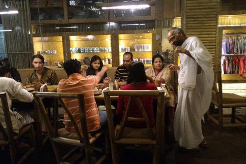 Gespräche mit Restaurant-Gästen – eine andere Dimension der Unterhaltung – 25 Apr 16