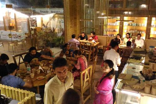 Überraschende Reaktionen von Restaurant-Besuchern, wenn sie erfahren, dass ich Atheist bin – 29 Jul 16