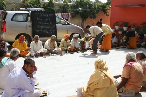 Gurus Spending Money on Building Temples - 21 Feb 09