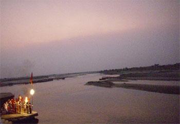 Vrindavan - a vegetarian City with no Violence - 27 Feb 08