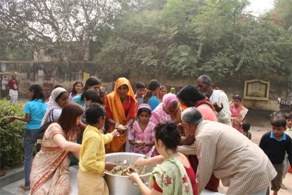 Distributing Potatoes on a Special Pilgrimage Day - 9 Nov 08