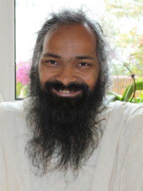 Who Calls Himself Yogi, Yogini or Yoga Master? - 12 Jul 09