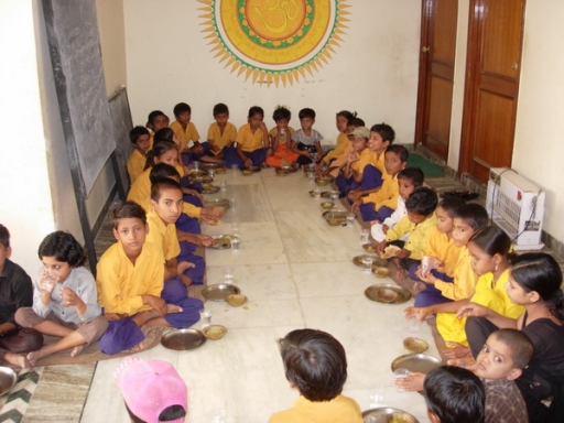 First Day of School in India - 1 Jul 09