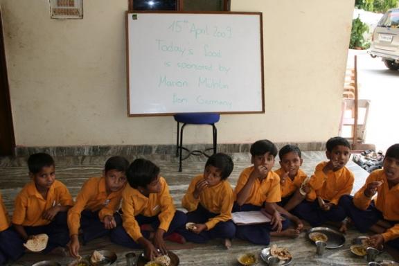 In Indien hat die Mango Saison Begonnen - 15 Apr 09