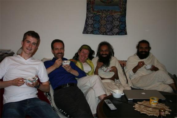 Fantasie von Liebe und Frieden ohne Grenzen, Religionen oder Ego - 2 Mai 09