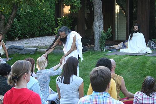 Doshas und ihre Verbindung zu Gyan, Karma und Bhakti Yoga – 28 Jul 08