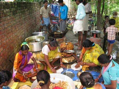 Gurus und Gruppen kopieren Traditionen für ihr Geschäft - 26 Aug 08