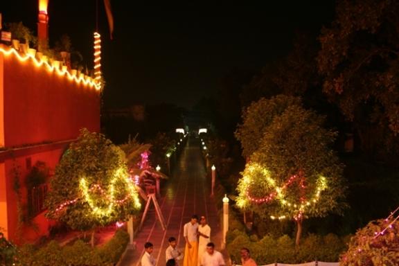 Beginn von Diwali - Shopping und der Gott von Ayurveda - 26 Okt 08