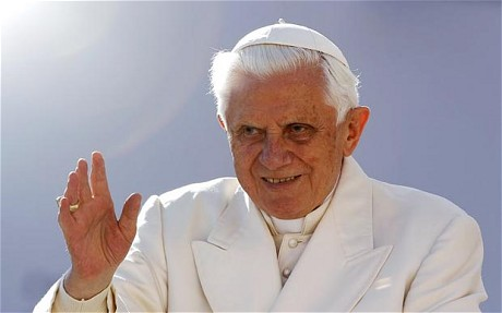 Pope allows Condoms to Prevent AIDS from Spreading - 22 Nov 10