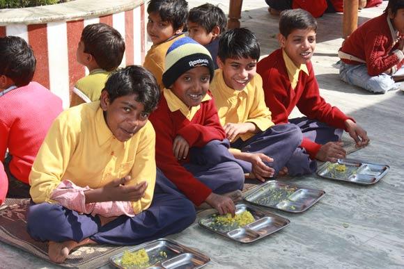 Unsere Philosophie der Wohltätigkeit - 2 Mar 11