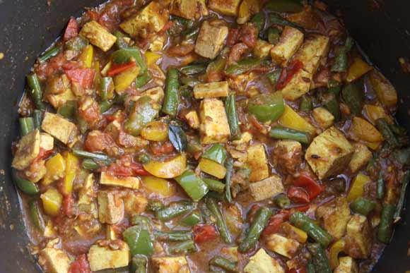 Paprika, Bohnen und Tofu in Tomate - Ayurvedisches Rezept für Gemischtes Gemüse - 23 Jul 11