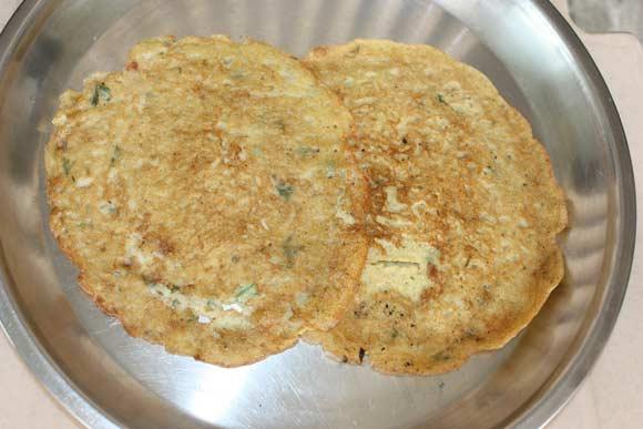 Moong Dal Cheela Recipe - Lentil Pancakes with Coriander Chutney - 17 Sep 11