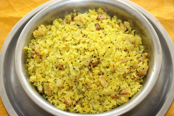 Poha - Chiura - Flattened Rice or Rice Flakes Breakfast Recipe - 15 Oct 11
