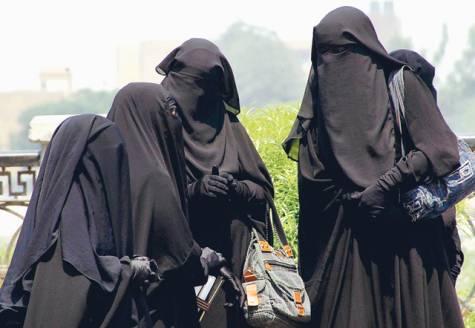Legale Grausamkeiten gegen Frauen in muslimischen Ländern - 14 Nov 11