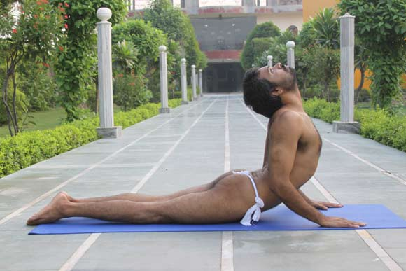 Yoga and Meditation help you lose Weight - 14 Dec 11