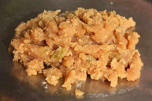 Aate ka Halwa Rezept - Einfaches und schnelles Weizenmehl-Halwa - 31 Dez 11